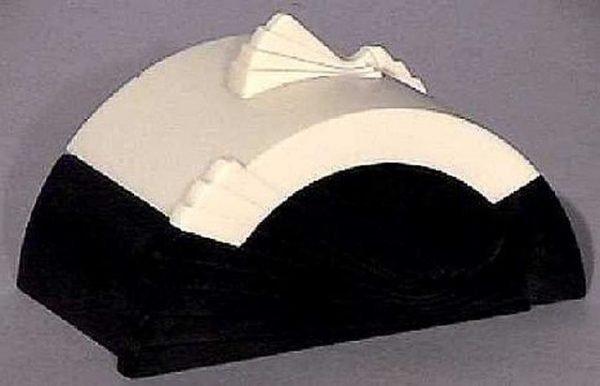 Art Deco Bakelite Plaskon Cleopatra Box