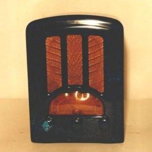 We Buy Emerson AU-190 Catalin Bakelite Radios Wanted
