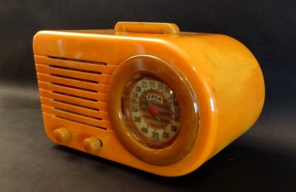 Fada-1000-Yellow-Lime-Green-Radio-2