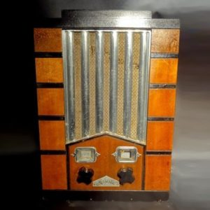 Majestic Model 59 Studio Art Deco Chrome Front Radio