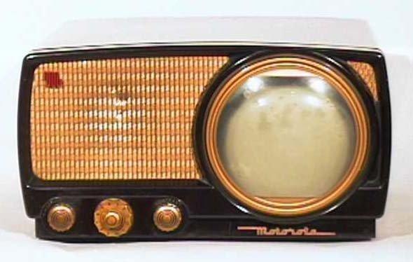 Motorola-7VT2-Bakelite-Antique-Vintage-Television-Set-TV