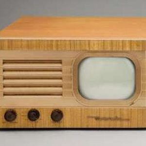 Motorola-VT-71-blond-Antique-Vintage-TV-Television-Set
