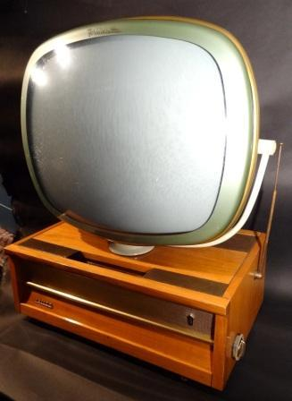 Philco-Predicta-Brazilian-Table-Model-Antique-Vintage-Television-Set-TV-02