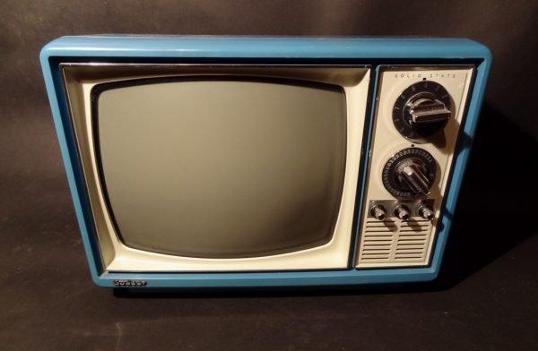 Quasar-1970s-Space-Age-TV-Television-Blue1