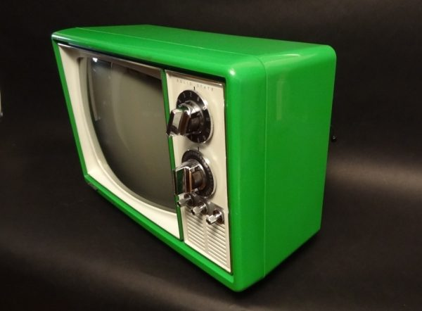Quasar-1970s-Space-Age-Television-TV-Green-3