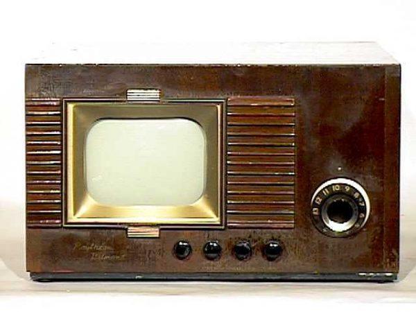 Raytheon-Belmont-Model-7DX21-Antique-Vintage-Television-Set-TV