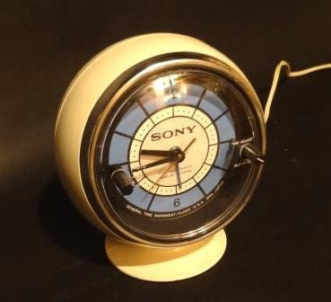 Sony-Space-Age- Sphere-Clock-Radio-a