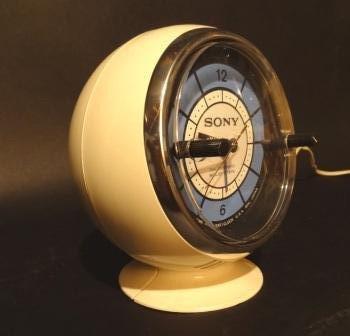 Sony-Space-Age-Sphere-Clock-Radio-c