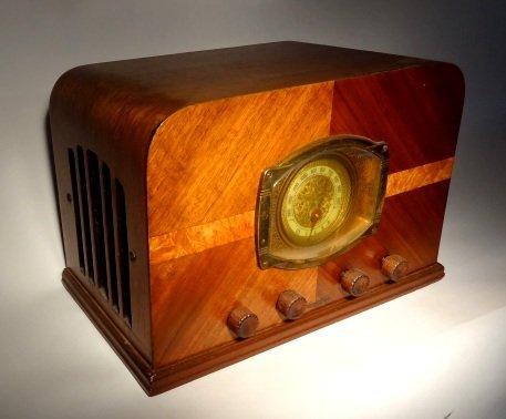 Stewart-Warner-Art-Deco-Wood-Tube-Radio-b