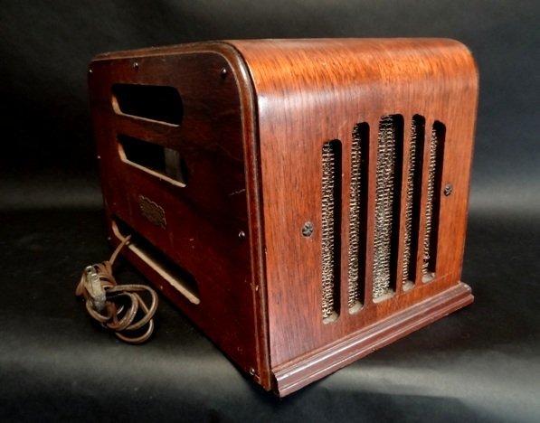 Stewart-Warner-Art-Deco-Wood-Tube-Radio-d