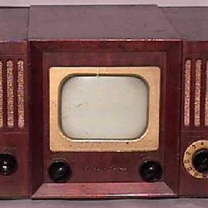 Teletone-Model-TV-149-Antique-Vintage-Television-Set-TV