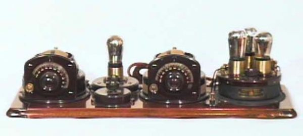 We-Buy-Antique-Atwater-Kent-Breadboard-Radios-Wanted